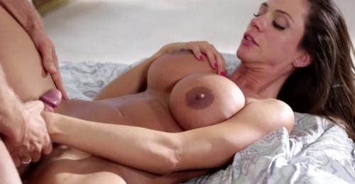 Ariella Ferrera Erotic Fucking
