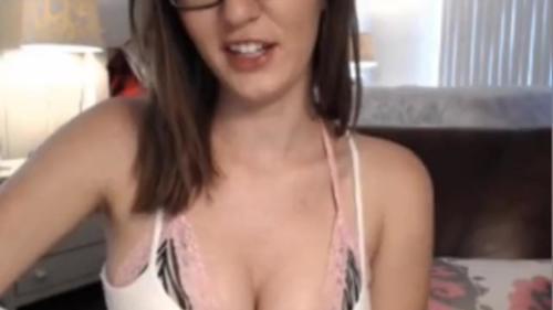Amber Hahn 2014-06-18 - Public Cum Show
