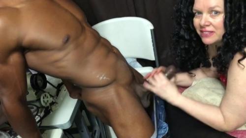 Cumslut Sucks Big Black Cock