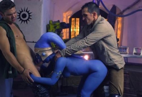 Star Wars Underworld A XXX Parody Scene 2, Slave Eva Lovia Takes Two Dick
