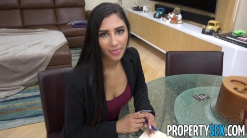 Super Hot Agent Cheats On BF Fucks Client