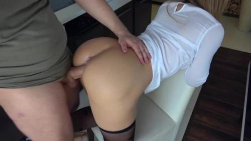 Hot Horny Stepsister Play With Stepbrother In Kitchen