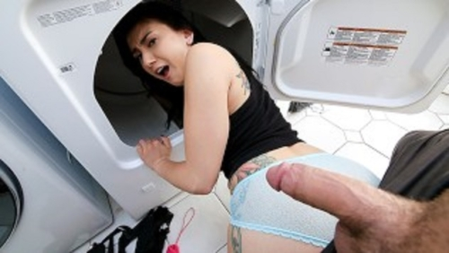 Stepsis Loves Fingers In Her Pussy