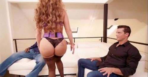 PAWG MILF Richelle Ryan Twerks On Two Big Dicks